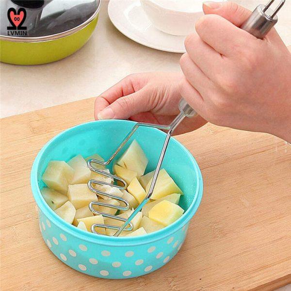 Potato Masher Use